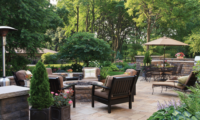 Living lavishly outdoors with 2018 trends home - Home improvement ideas 2018 ...